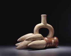 Moche civilization and culture, Moche pottery yucca