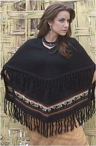 Alpaca wool cape Peru